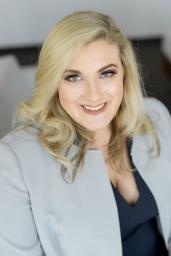 Deborah-Bankhead-Divorce-Lawyer-682x1024.jpg