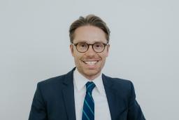 1 Scott A. Thompson Austin divorce lawyers attorneys in Austin headshot 2018.jpg